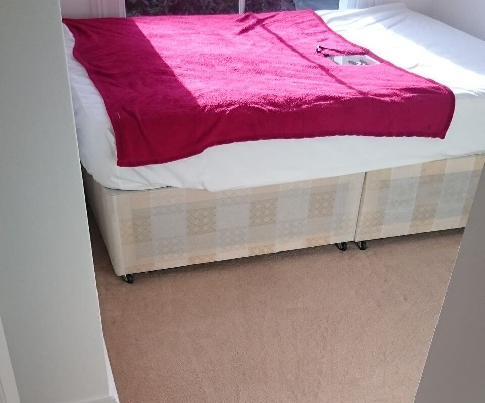 Wood Green fabric cleaning N22