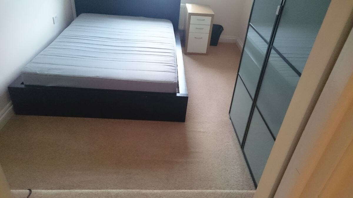 clean a carpet Longlands